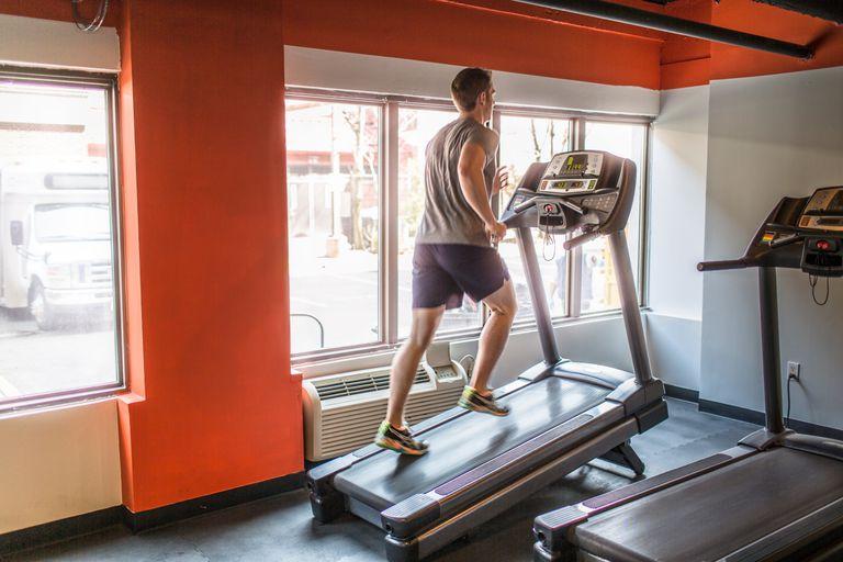 Беговая дорожка – как правильно тренироваться?